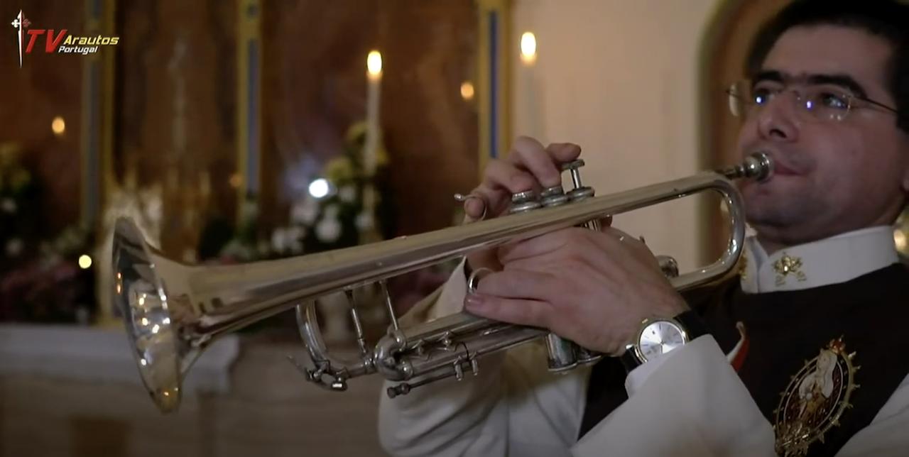 Concerto Homenagem a Nossa Senhora de Fátima. Cantemos juntos! (Vídeo)